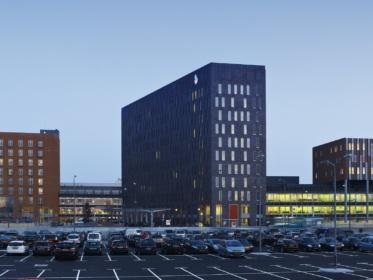 Een top brandblusser voor het Albert Schweitzer ziekenhuis.